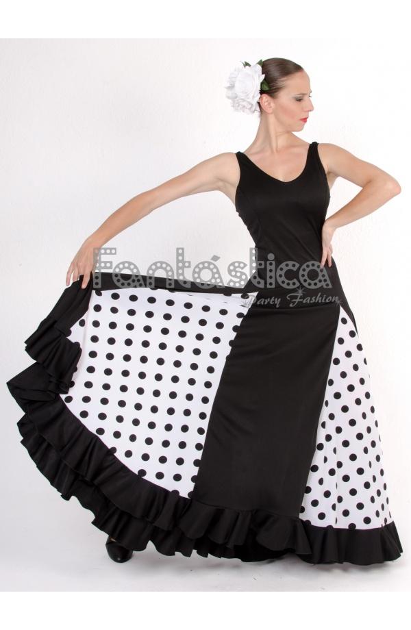 Traje de flamenca con lunar negro