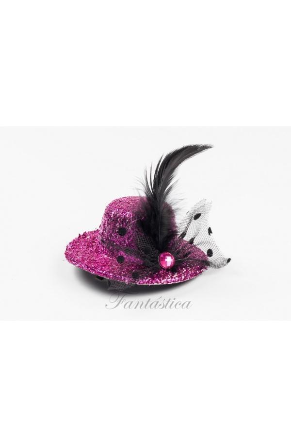Espectacular sombrero tocado en color fucsia con escarcha brillante y  strass 7fb9b39d935