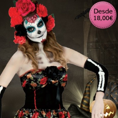 Witch, vamp and dark creatures costumes for woman